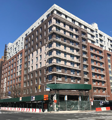 Harlem Bespoke Acacia Gardens On 1st Avenue At The Corner Of East 120th Street Is Finishing Up And Low Income Housing Has An Lication Deadline