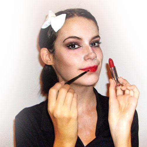 maquillaje facil para disfraz de zombie paso 8 monika sanchez