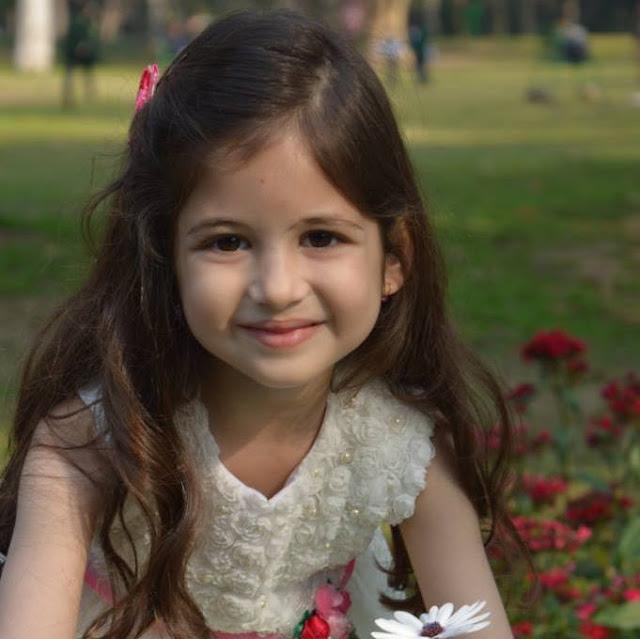 sweet_little_baby_harshaali_malhotra_as_munni_shahida_role_images