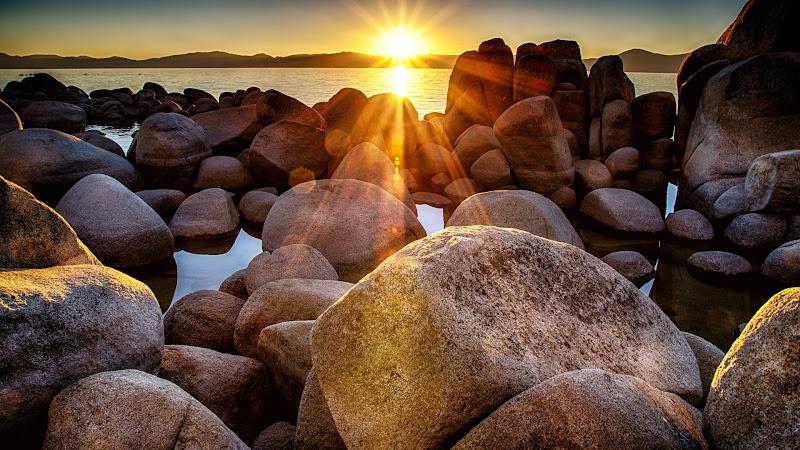 Sunrise at Lake Tahoe HD