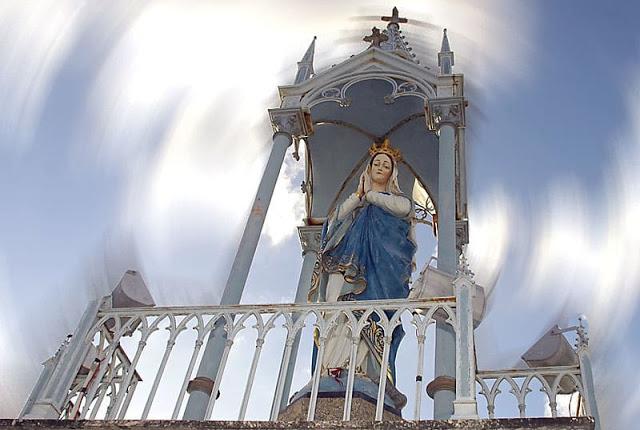 Imagem de Nossa Senhora da Conceição localizada no bairro de Casa Amarela