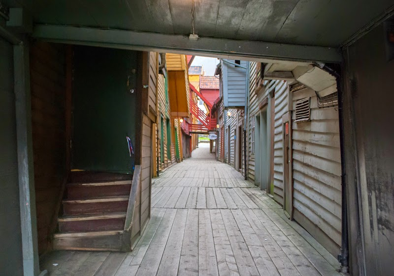 wooden houses image in bergen norway