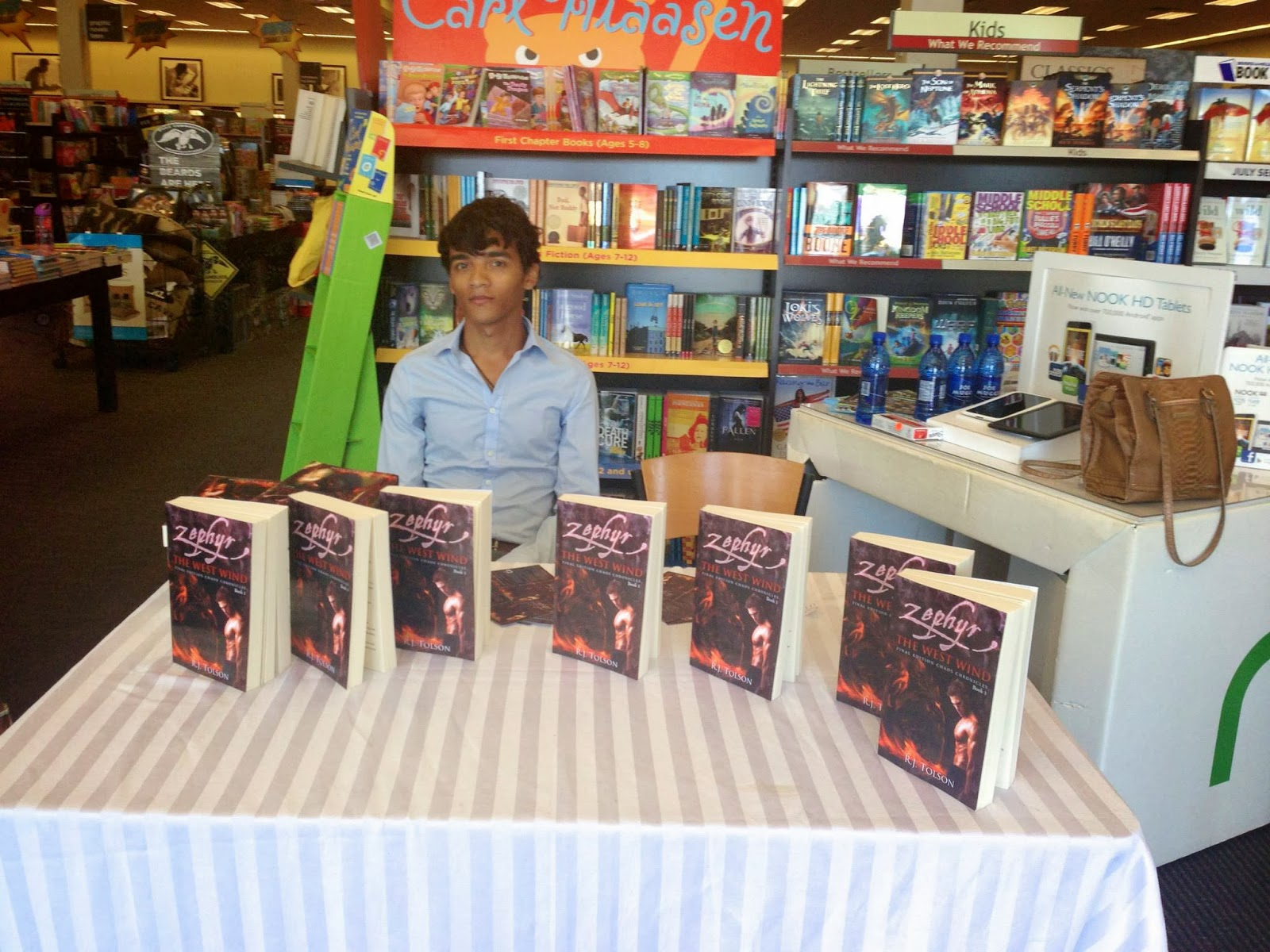 Sages of Essence: Orlando Book Signing pics from (8/2/13)