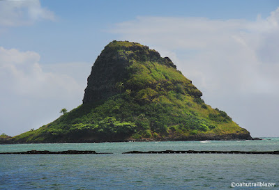 oahu beach chinaman's hat