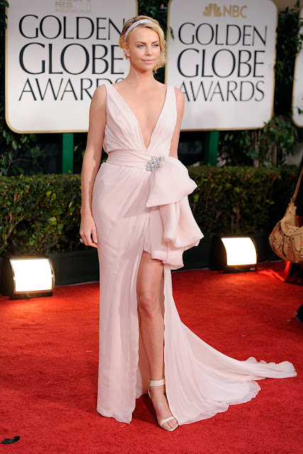 http://www.starcelebritydresses.com/charlize-theron-sexy-prom-dress-golden-globes-116.html