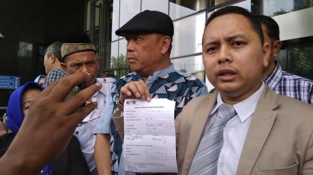 Presiden Jokowi dan Dua Menterinya Dilaporkan ke KPK Gara-gara Utang