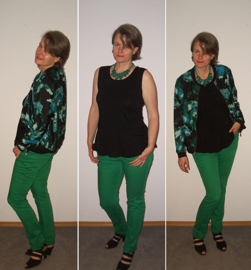 Peplumshirt mit Blouson und grüner Jeans kombiniert
