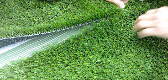 Know the Positive Factors of Installing Artificial Grass at your Home Lawn in UK