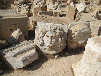Η Λιβύη προτρέπει την Ισπανία να επιταχύνει την επιστροφή κλαπέντων αρχαιοτήτων