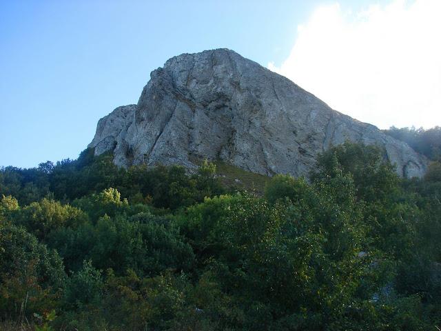 Стол-Гора: вид снизу