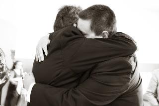 abraço de pai e filho nosso foco tv