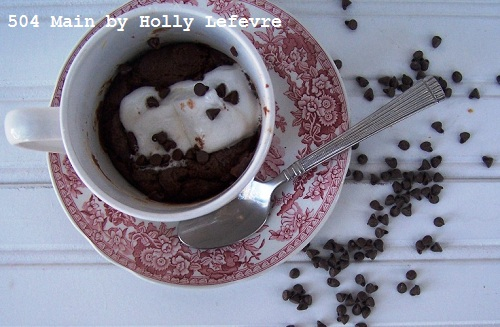 Molten Marshmallow Fudge Cake in a Mug