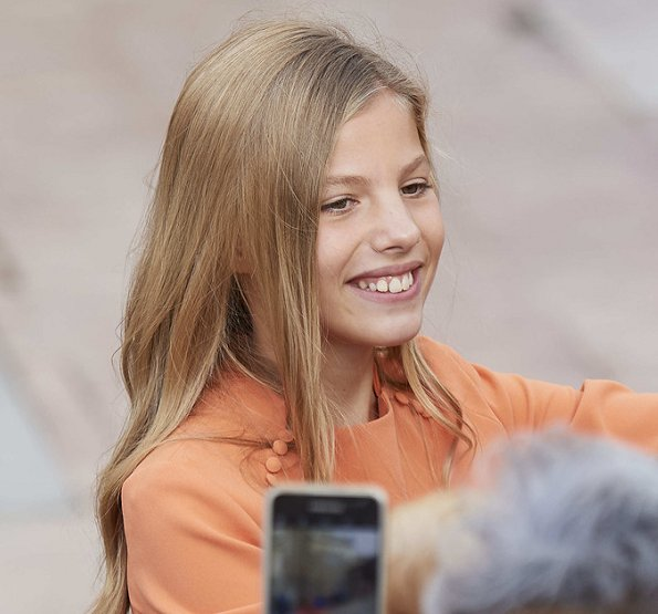 The younger daughter of King Felipe and Queen Letizia, Infanta Sofía celebrates her 13th birthday. Sofia wore Mango dress