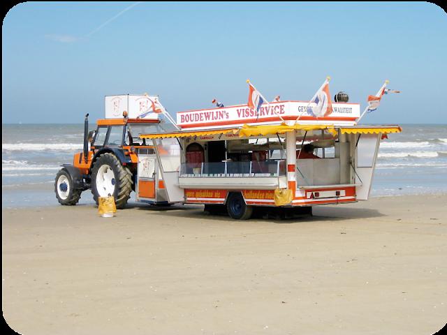 Boudewijn's Visservice am Strand von Zandvoort, Niederlande | Arthurs Tochter kocht von Astrid Paul
