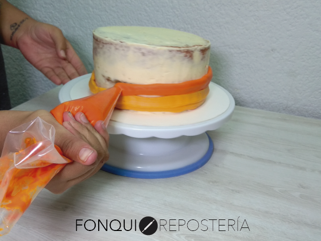 Decoración de pastel FonQui repostería