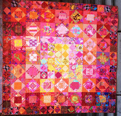 Economy Patch Quilt - Country Gardens Quilt