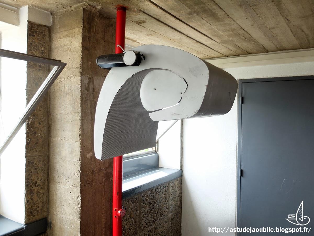marseille unit d 39 habitation le corbusier. Black Bedroom Furniture Sets. Home Design Ideas