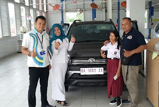 daihatsu padang yopi marketing