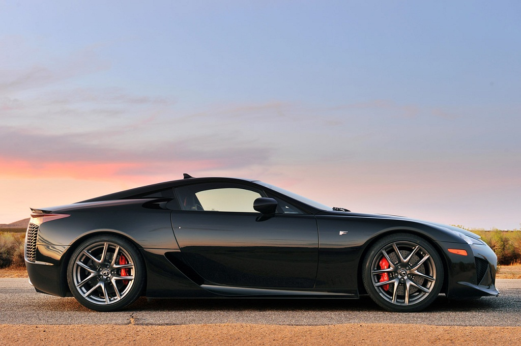 cars wallpapers and info lexus lfa 2013 with features and price. Black Bedroom Furniture Sets. Home Design Ideas