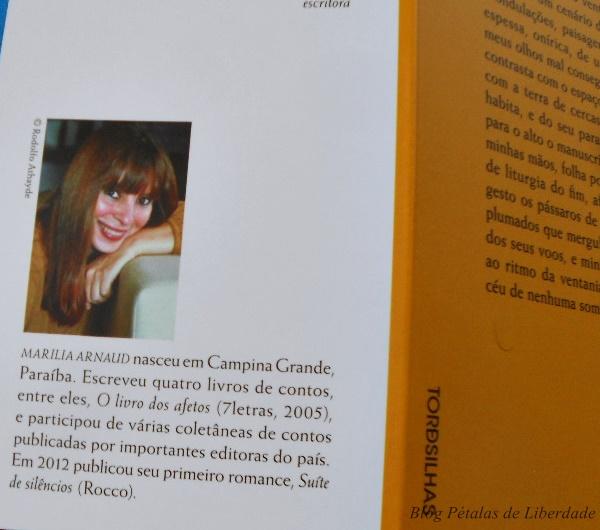 Resenha, livro, Liturgia-do-fim, Marilia-Arnaud, editora-tordesilhas, literatura-nacional, escritora-paraibana, capa, fotos,