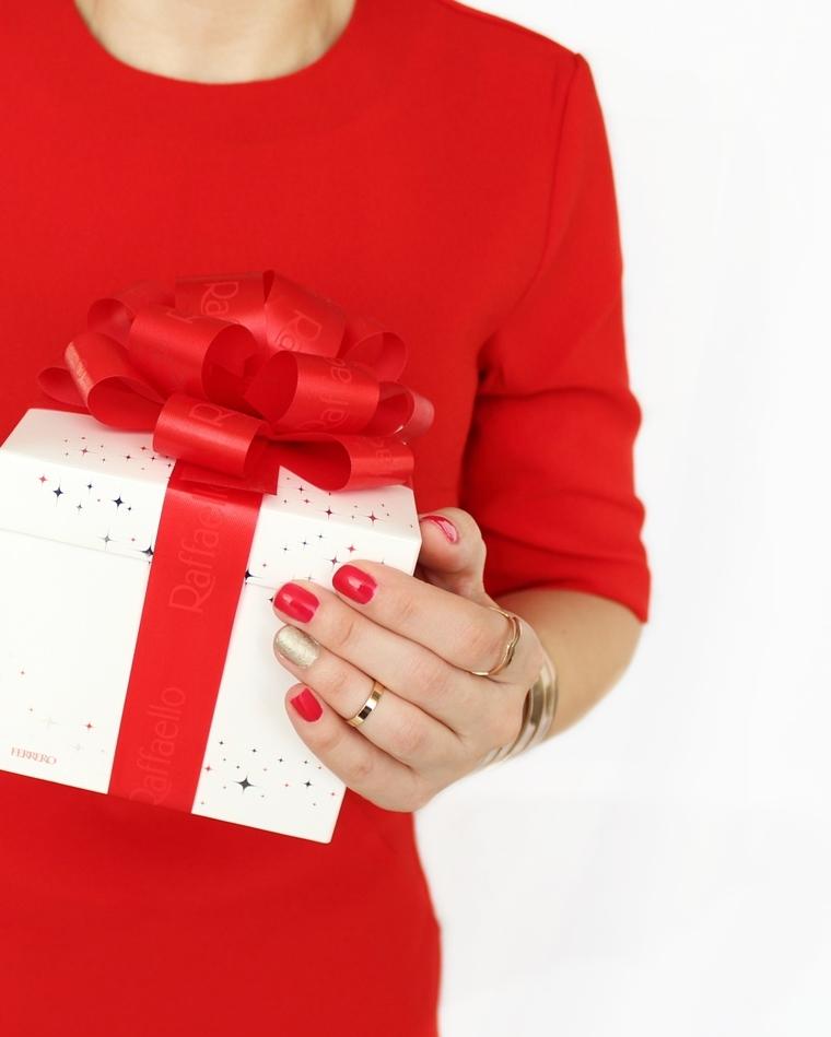 Moja świąteczna stylizacja i manicure - Orly Color AMP`D Heart Of LA + Golden Rose Holiday nr 82