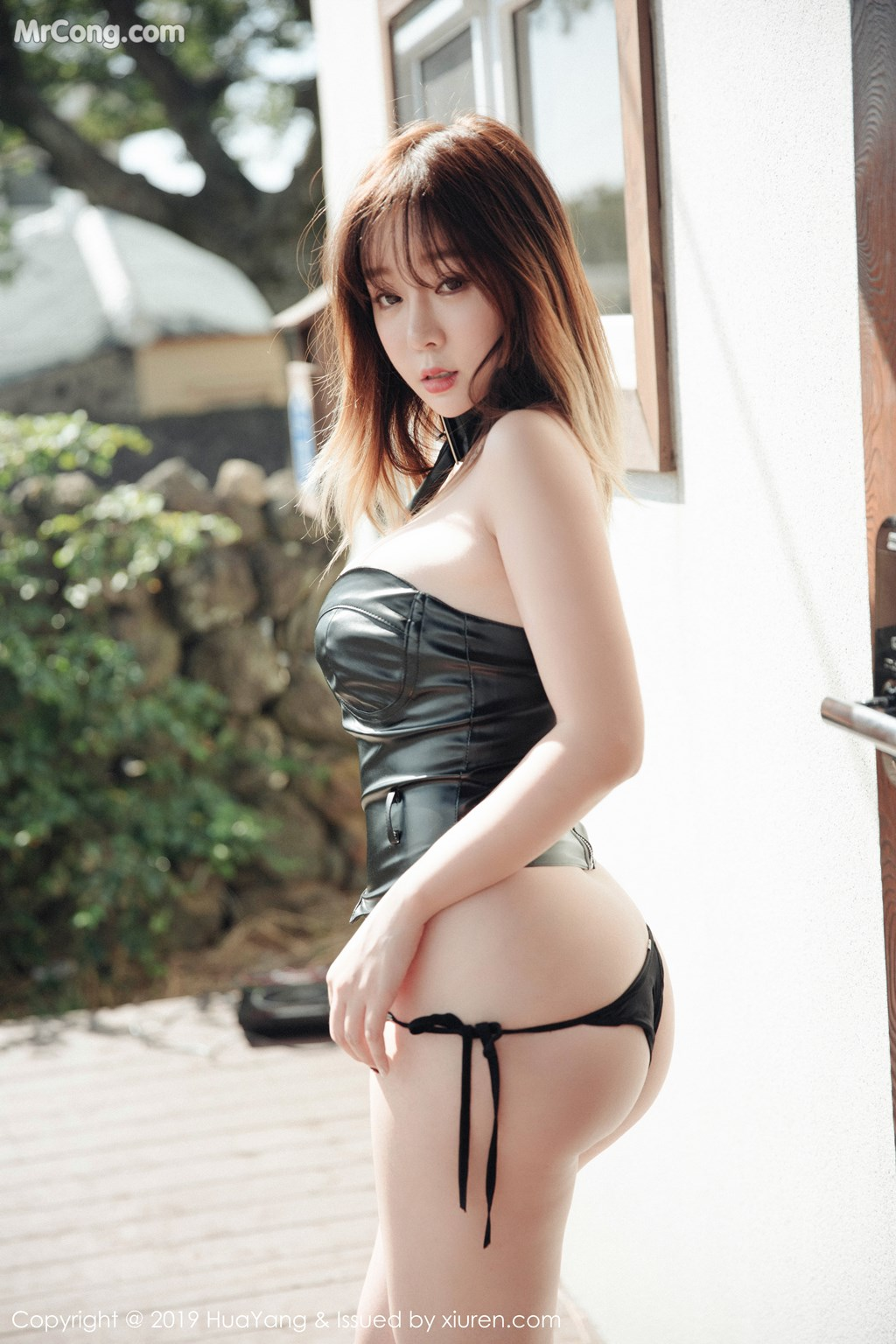 Image HuaYang-2019-03-21-Vol.124-Wang-Yu-Chun-MrCong.com-006 in post HuaYang 2019-03-21 Vol.124: Wang Yu Chun (王雨纯) (44 ảnh)