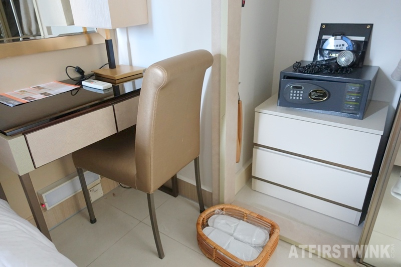 Kowloon Harbourfront hotel Hong Kong 2-bedroom Quad suite with a city view safe slippers