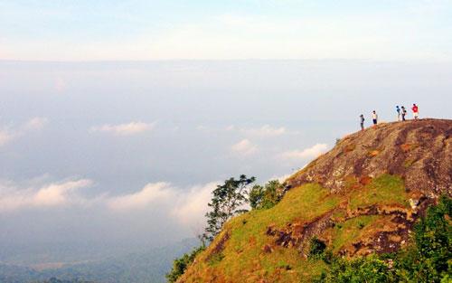 Gunung Pendek di Indonesia