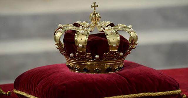Monarquia parlamentarista e intervenção militar