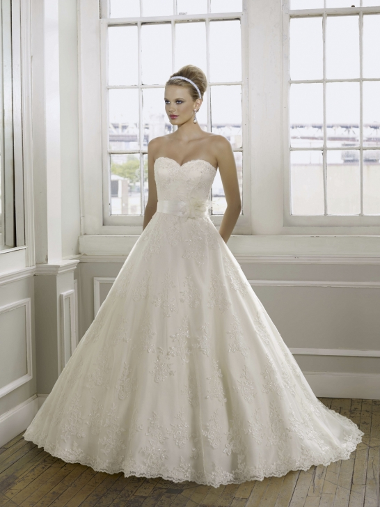 Wedding Dresses Online Article Beach Maternity Wedding Dress