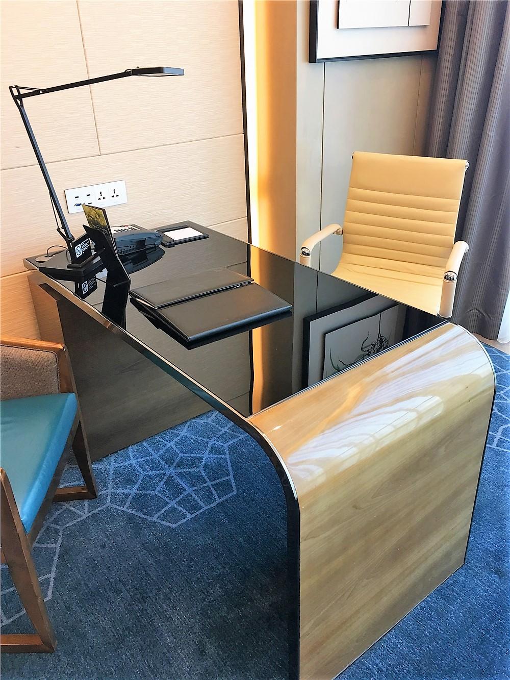 深圳前海華僑城JW萬豪酒店(JW Marriott Hotel Shenzhen Bao'an)-書桌