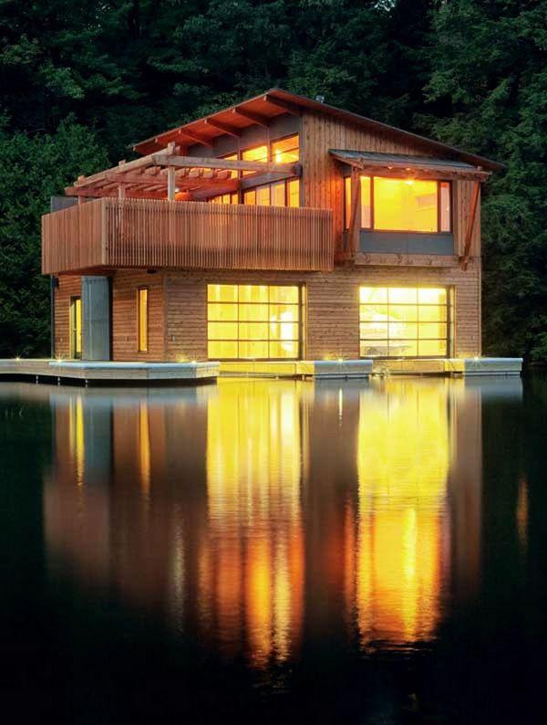 Muskoka Lakes Boathouse by Christopher Simmonds Architects