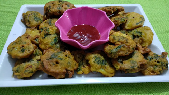 Spinach, potato, onion Fritters