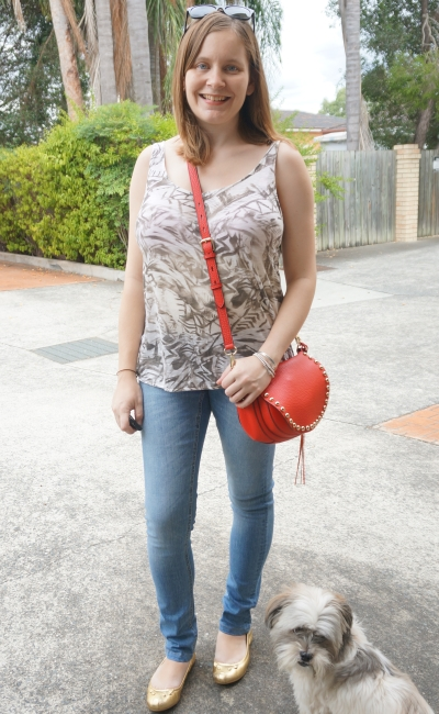 Away From Blue | two under two postpartum errands outfit printed tank skinny jeans mouse flats