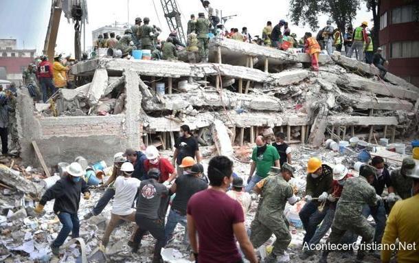 Edificio derrumbado tras terremoto en la Ciudad de México 2017