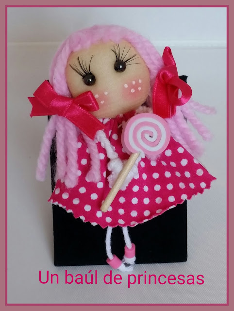 Broche muñeca soft en tela