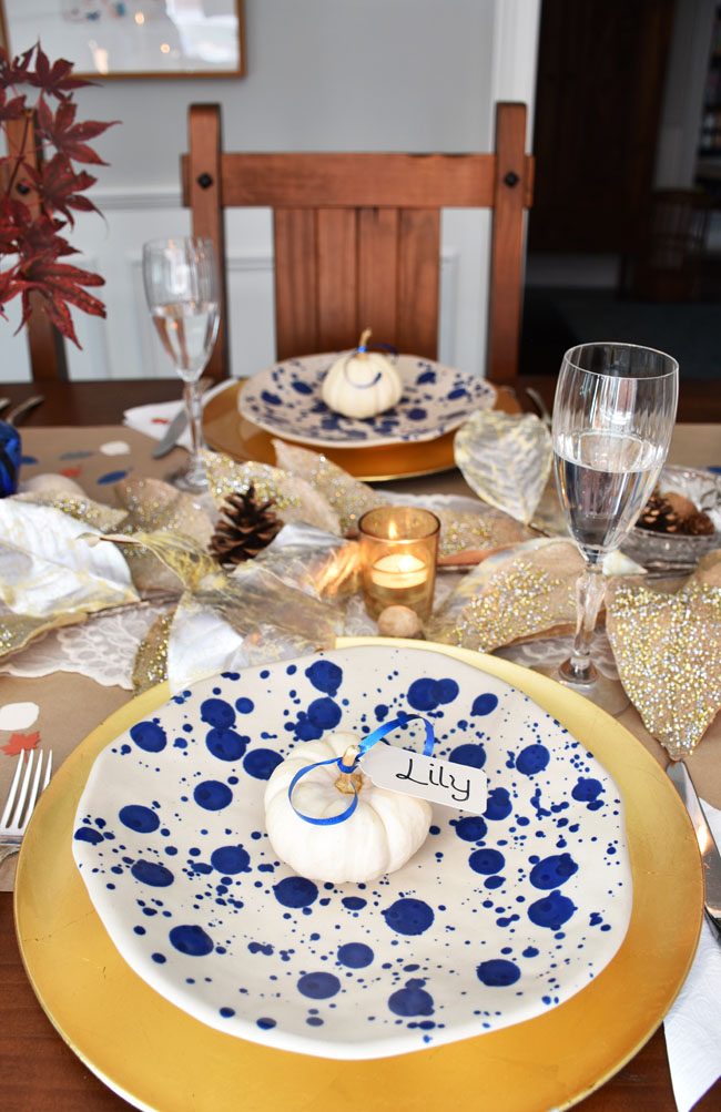 A Simple Thanksgiving Tablescape - a mix of casual & formal, vintage & new, blue & gold - perfect for a family gathering