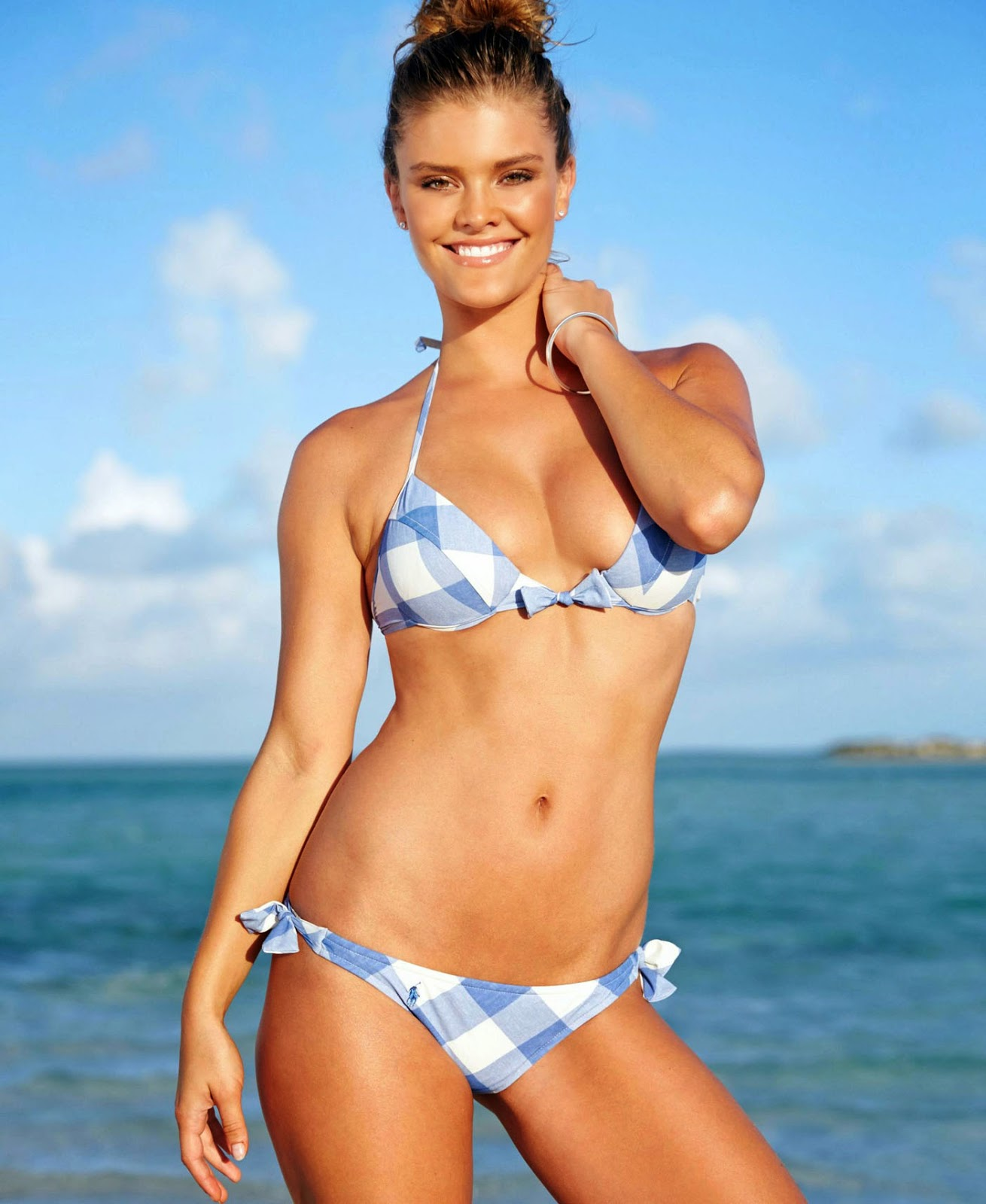 Nina Agdal Belongs In A Bikini