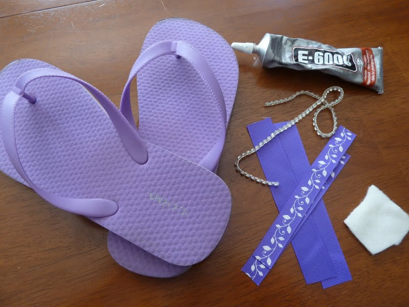 00df9b9cd Home Delicious  Tutorial - Flip Flops made cute! (It s that time of ...