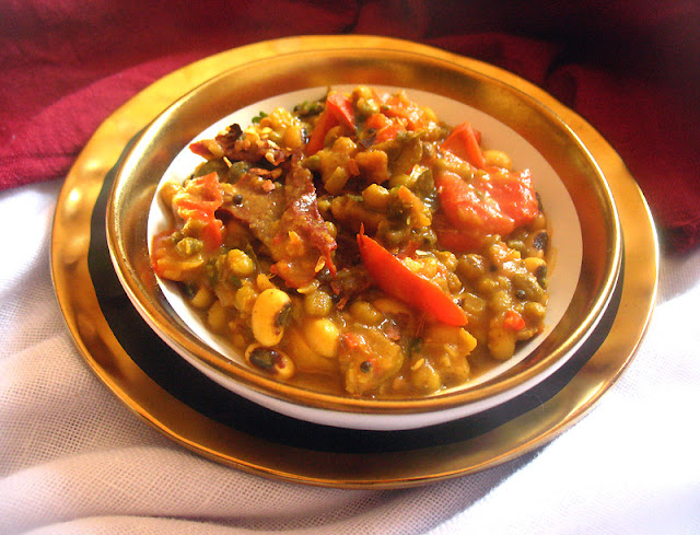 Indian Black-Eyed Peas and Mung Beans
