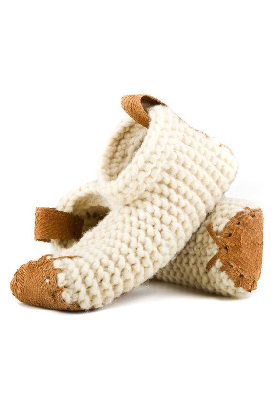 wzory kapci szydełkiem i na drutach