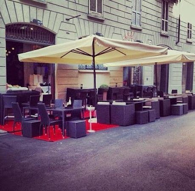 Bar Jab Milano outdoor seating for aperitivo in Navigli Milan