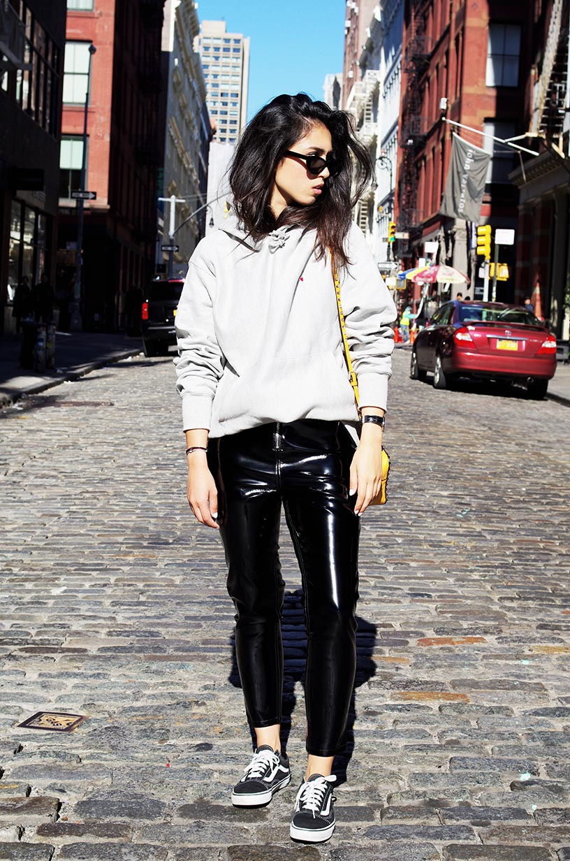 Elizabeth l vinyl trousers soho new york blog mode l new look asos champion l THEDEETSONE l http://thedeetsone.blogspot.fr