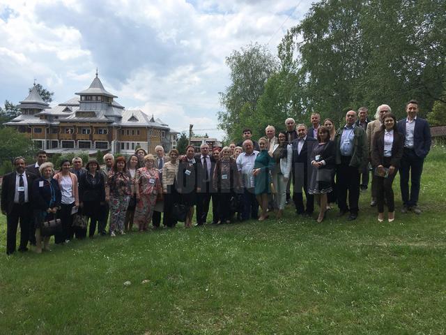 La Vatra Dornei a avut loc o conferinţă ştiinţifică despre turismul rural românesc în contextul internaţional