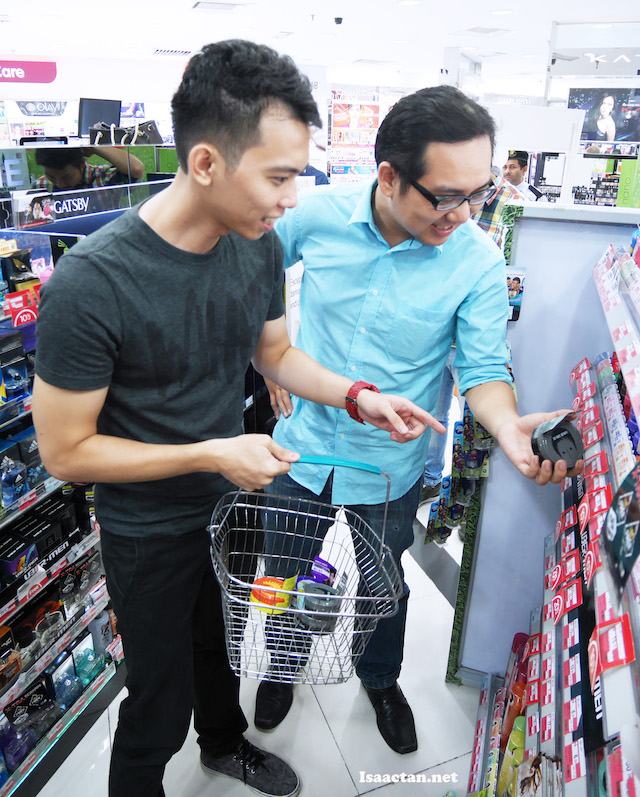 I was with Henry (clevermunkey.com) , shopping for our new Ubermen hair wax products