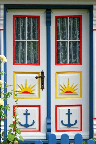 Nautical Front Door Idea