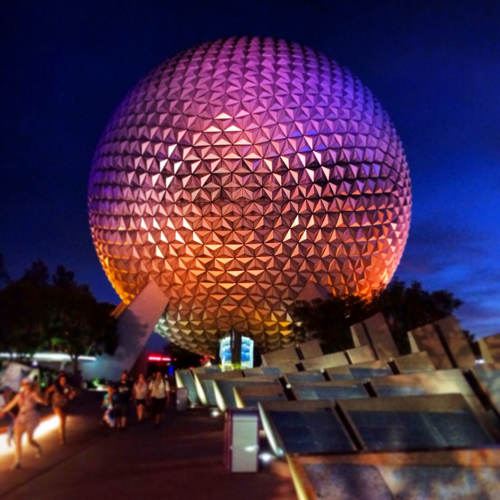 E is for: Epcot World Showcase {Drinking around the World}