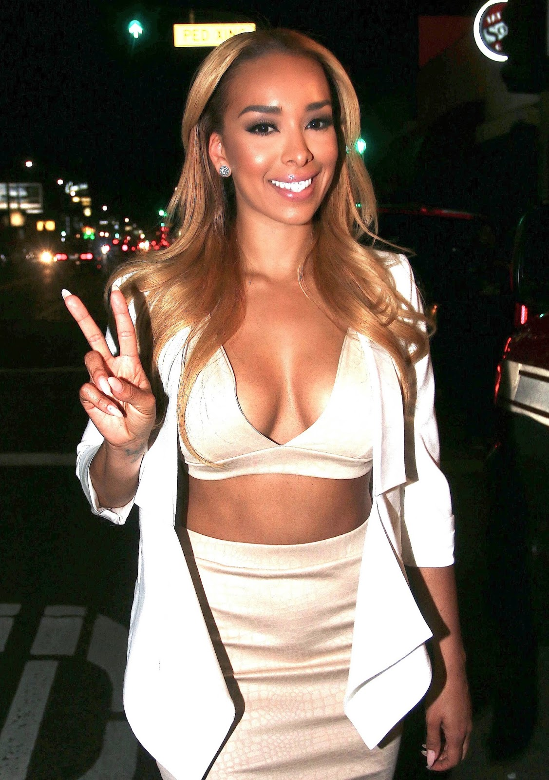 Gloria Govan's Cleavage Show