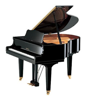 dan grand piano