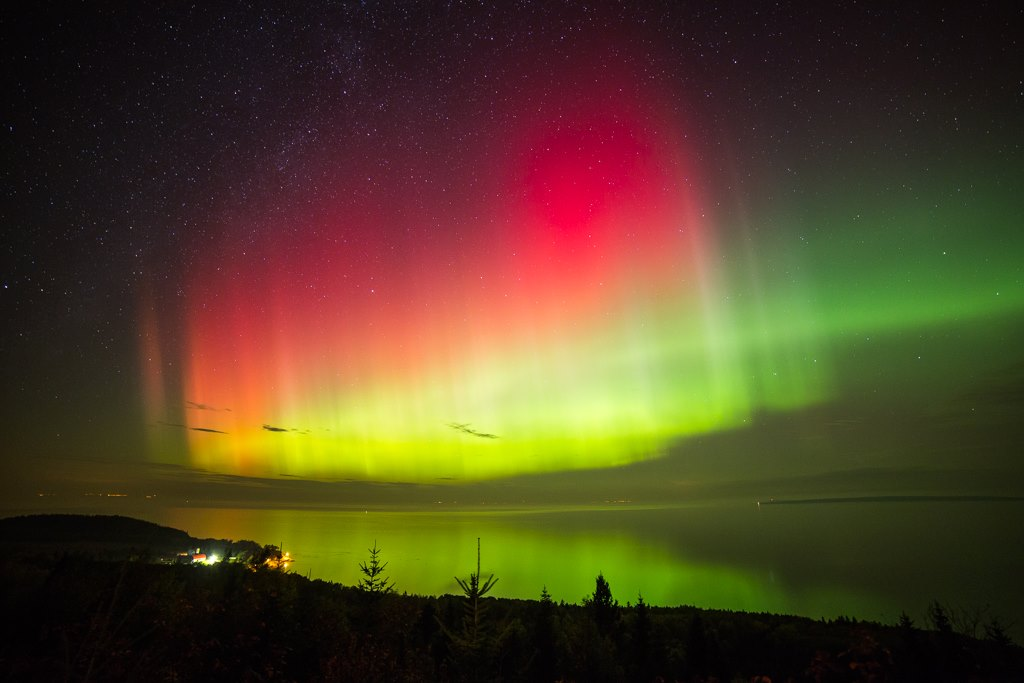 Night spectacle in the sky! Aurora Borealis <3